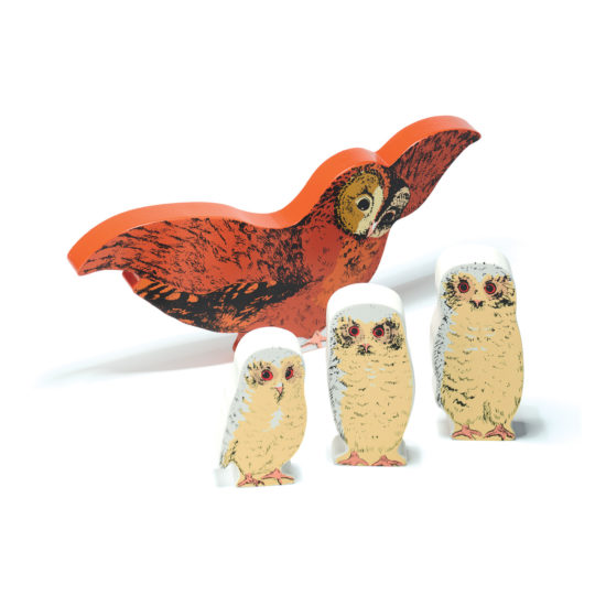 Owl Babies Wooden Character Set -. Mum and three babies (65-95 mm high. Mum 235mm wide)