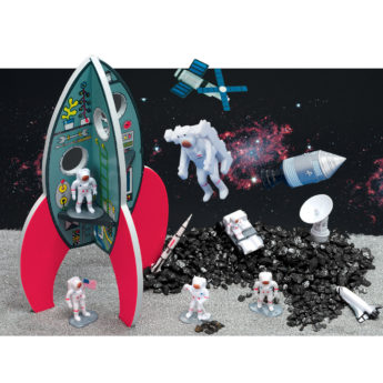 Small world play: spectacular space, rockets and astronauts