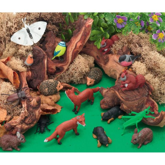 Wonderful Woodland scene kit for small world play