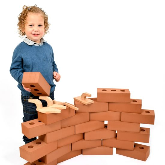 Set of 25 realistic life-size foam bricks for indoor and outdoor use