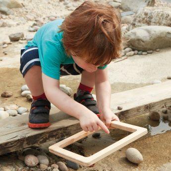 Set of 3 wooden frames for outdoor investigations