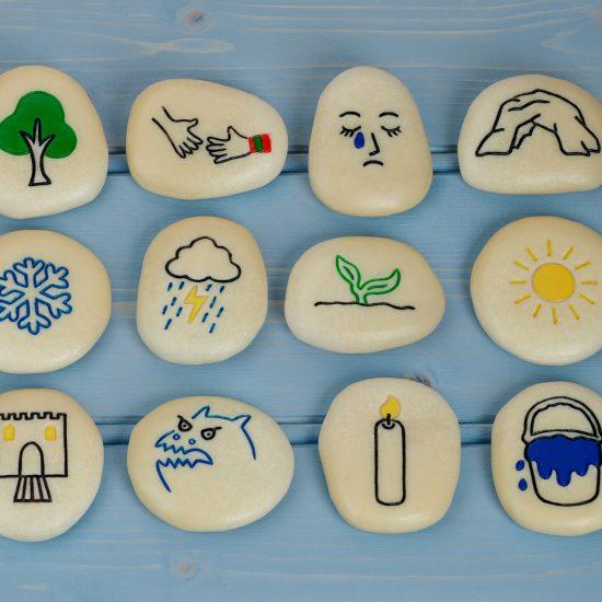 Set of 12 illustrated self-regulation stones